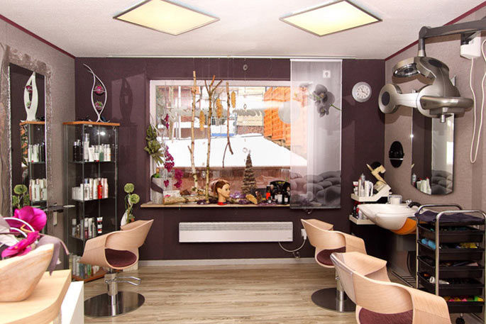Hair & Beauty - Friseur- Kosmetik & Nagelstudio by Doreen Wick